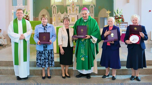Presentation of Mementos at the special Mass the was celebrated on September 13, 2015, for the Bundoran Community of the Sisters of St Louis, who said goodbye after more than 130 years of presence in the locality