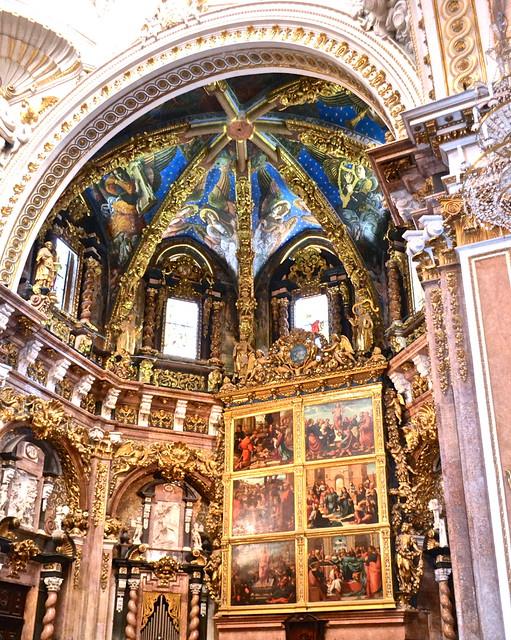 enaissance art in Capilla del Santo Cadiz (The Holy Chalice Chapel), valencia