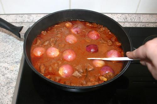 48 - Weiter schmoren & gelegentlich umrühren / Continue to stew & stir from time to time