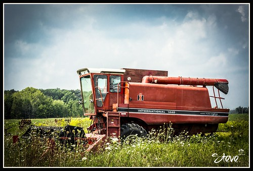 ohio red summer tractor beautiful nikon perfect colorful harvest vivid clear 1855mm 1440 internationalharvester d5200