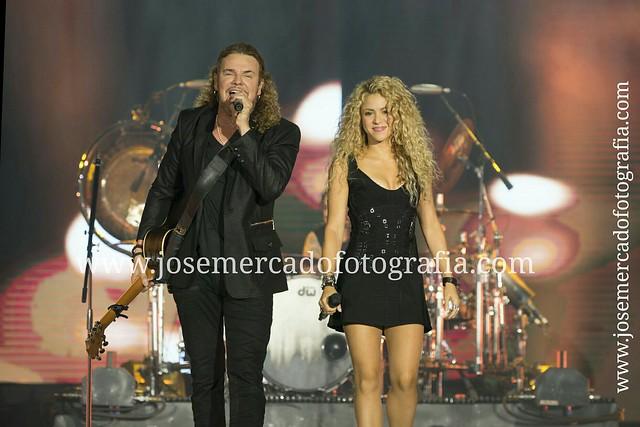 #Maná #Shakira #Palausantjordi #Sony #A99 #CamaIncendiada
