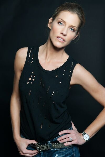 Powers: Tricia Helfer