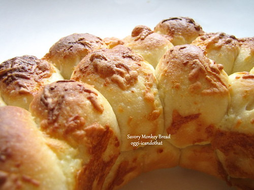 Food Friday: Savory Monkey Bread ~ I Can Do That!