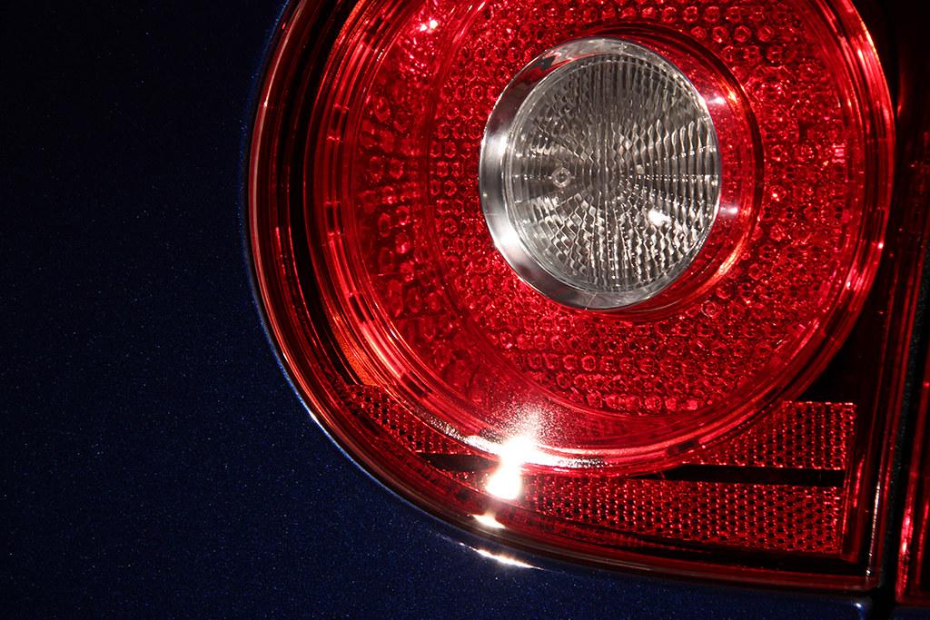 BigFoot Centre - VW Golf R32 Nanotech Detail 22466984034_fe18145bee_b