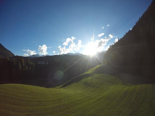 autumn sunset sun mountains green field landscape austria view outdoor herbst fisheye ötztal oetztal gopro niederthai hero4black