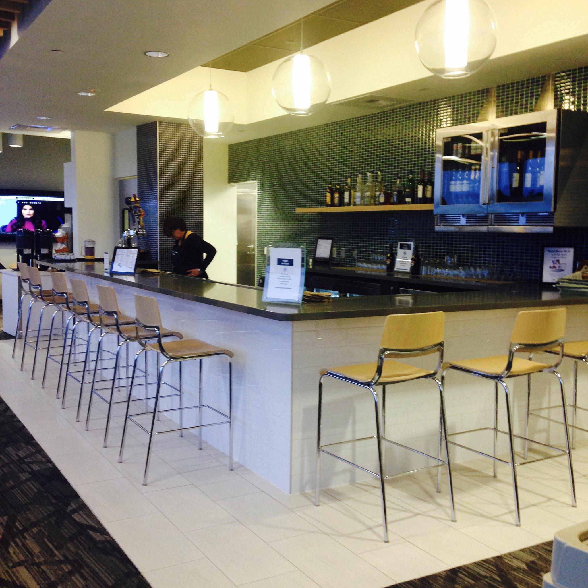 Seatac Alaska Airlines Boardroom N Concourse