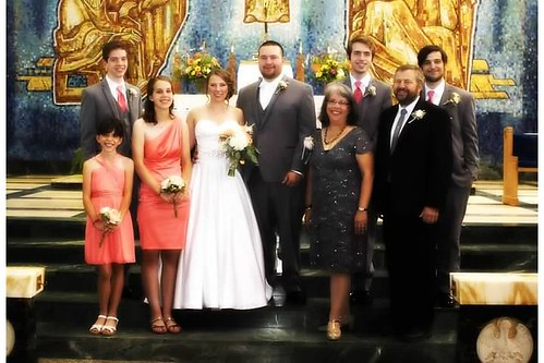lavictoire family at the wedding