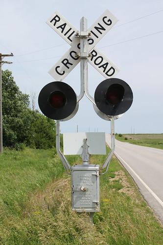 railroad abandoned track railway signal railfan railroadcrossing griswold gradecrossing mstl iarr iowariverrailroad