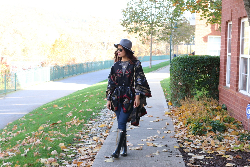 Fall-outfit-poncho-belted-5d