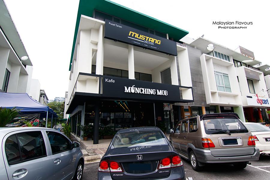 munching-mob-cafe-esplanad-bukit-jalil-kl