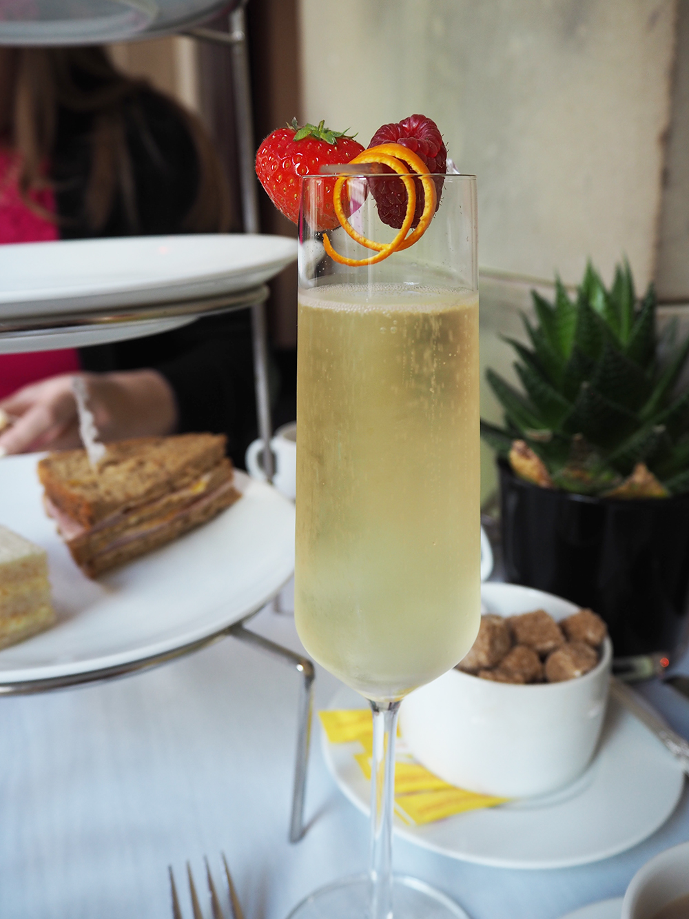 champagne-afternoon-tea-manchester