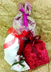 Gift bags from fabric samples