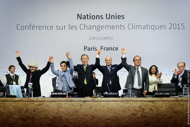 151212 - COP21 - Adoption de l'accord de Paris