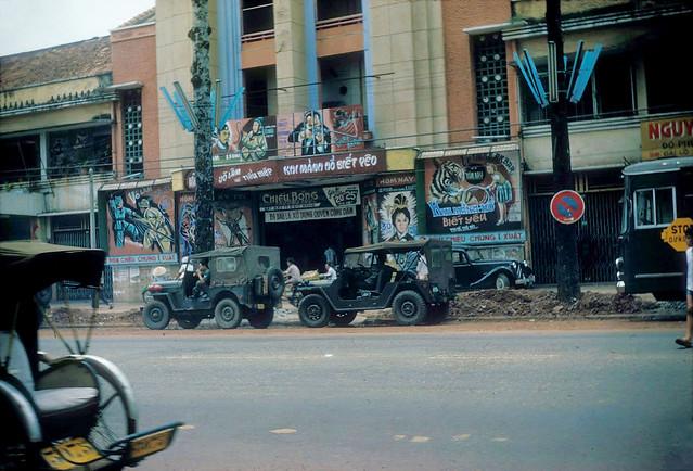 SAIGON 1966 - Rạp Nguyễn Văn Hảo - by Douglas Ross