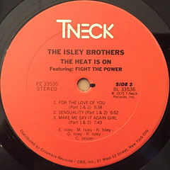 THE ISLEY BROTHERS:THE HEAT IS ON(LABEL SIDE-B)