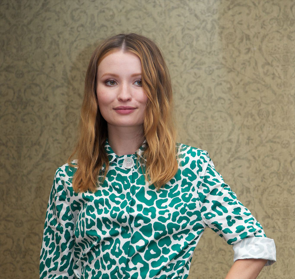 Эмили Браунинг — Пресс-конференция «Легенда» на «TIFF» 2015 – 2