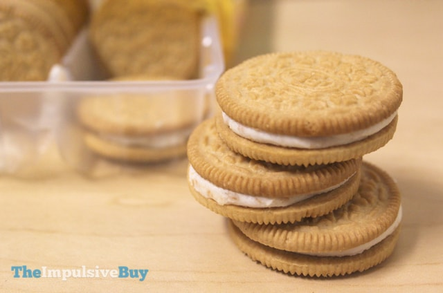 Nabisco Limited Edition Toasted Coconut Oreo Cookies 4