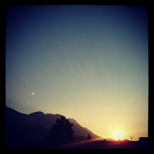 morning summer summertime morgen innsbruck ibk uploaded:by=flickstagram instagramaus instagram:venuename=beethovenstrasseibk instagram:venue=47048112 instagramaustria instagram:photo=5082866583019397317097579