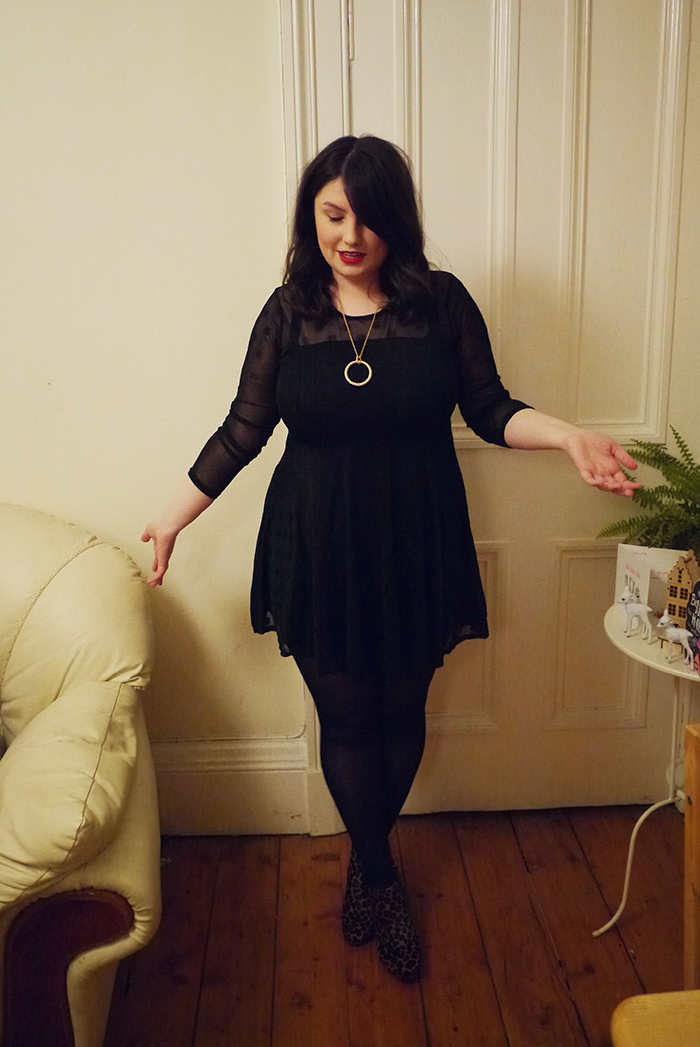 house of fraser necklace outfit 5