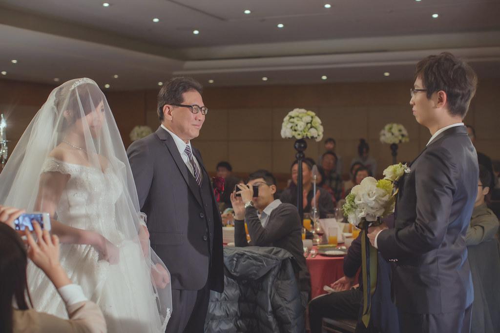 20150228六福皇宮婚禮記錄婚攝 (256)