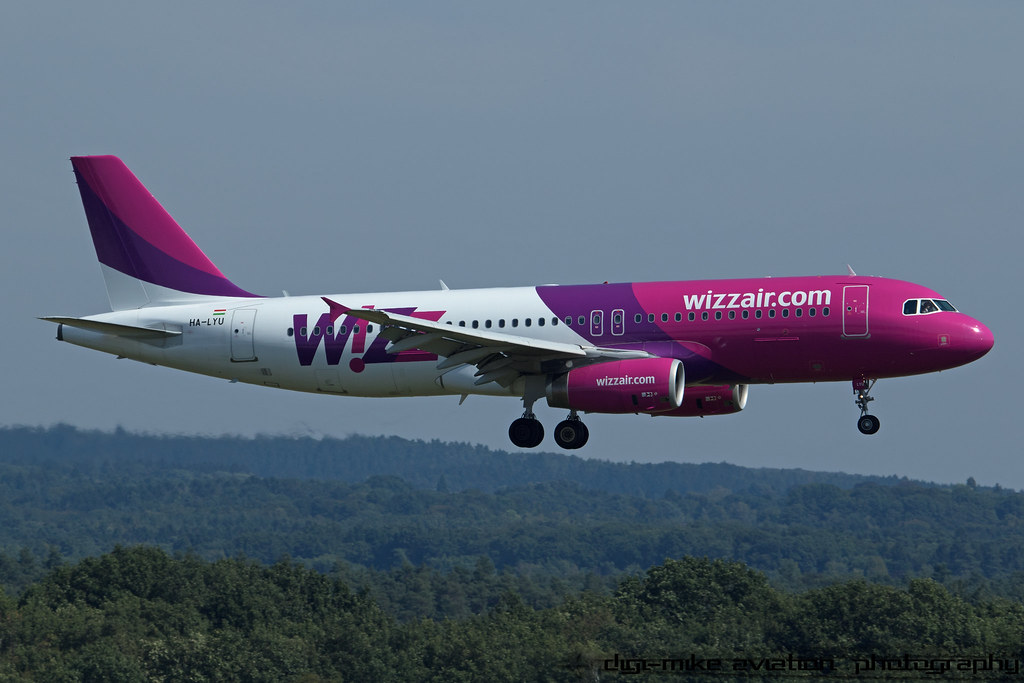 HA-LYU - A320 - Wizz Air