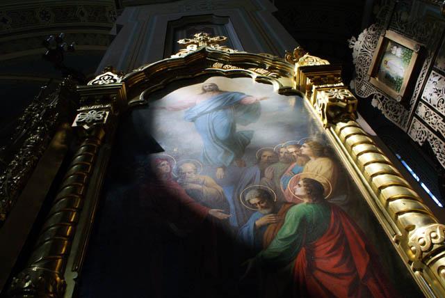 Jésus et la lumière dans l'église orthodoxe Sainte Madeleine dans le quartier de Praga à Varsovie.