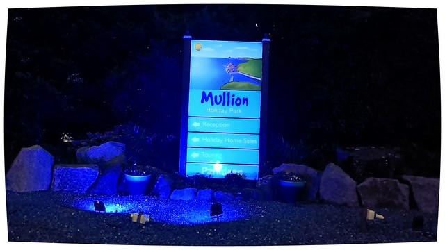 parkdean mullion entrance at night