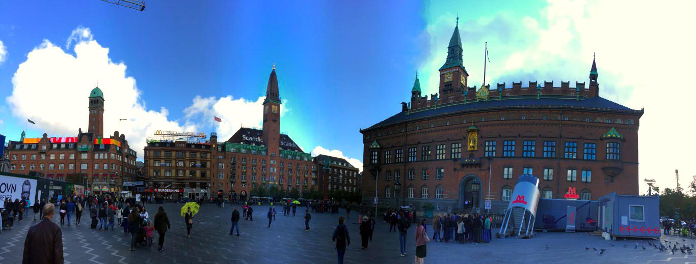 Copenhague en un día: Ayuntamiento de Copenhague copenhague en un día - 22569717560 b57fefa3d0 o - Copenhague en un día