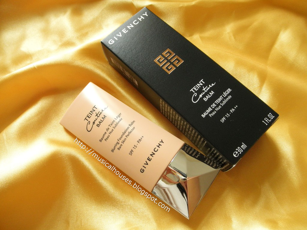Givenchy Teint Couture Balm Blurring Foundation SPF15