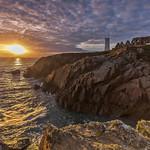 7. Oktoober 2015 - 19:32 - Flamboyant coucher du soleil sur la mer d'Iroise et la Pointe Saint-Mathieu. Une éphémère lumière de quelque minutes.