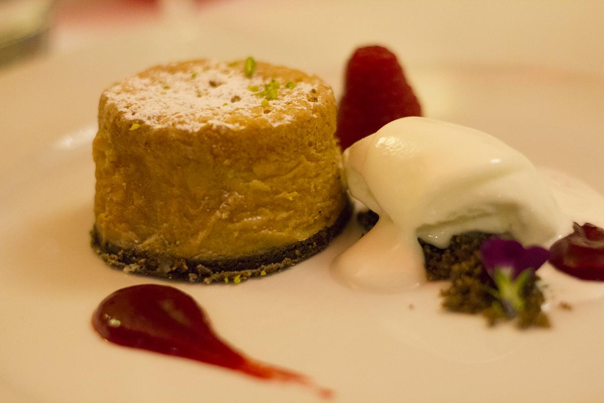almond-tart-menabrea-slow-dining