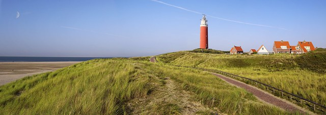 The path leads to the symbol of Texel