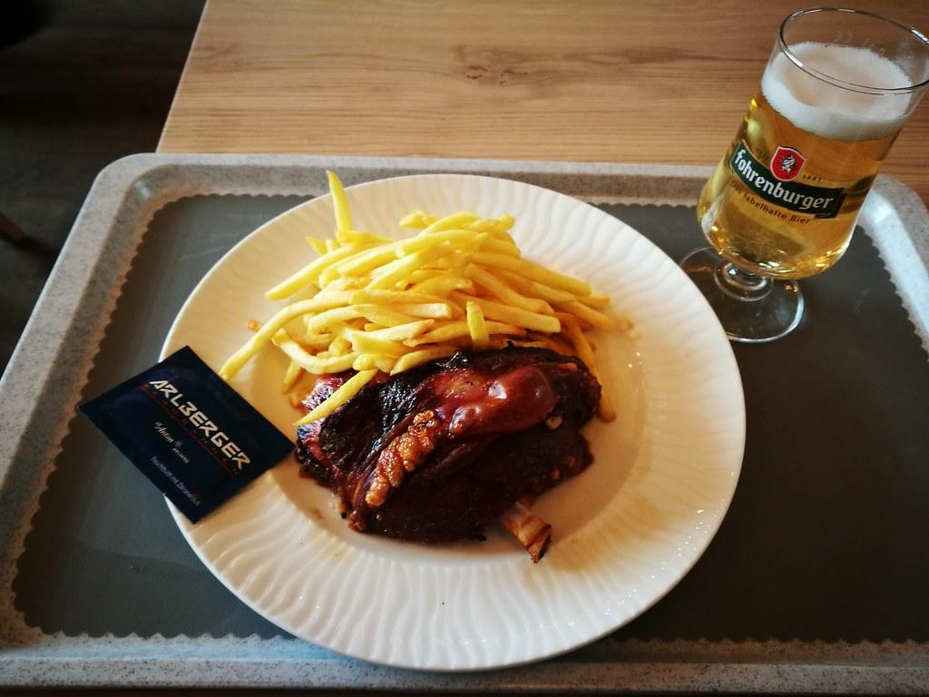 Schweinshaxe with radler