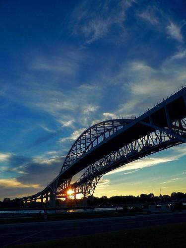 Bluewater Bridge @  Sunset