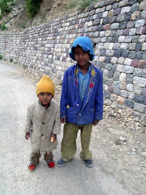 Kids by the Ki Gompa