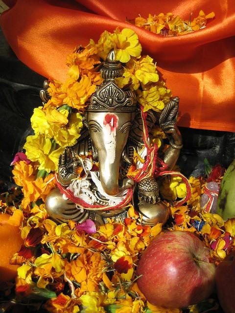 Vakratunda Mantra (Ganesh Mantra)