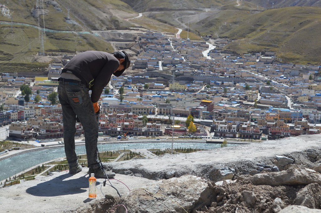 Rebuilding of the Ga Kye Gu monastery in Yushu after being destroyed by an earthquake in 2010