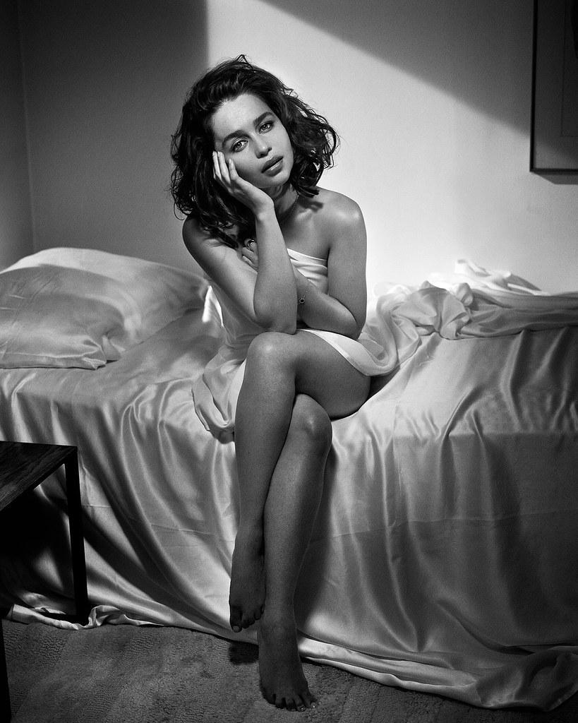 Эмилия Кларк — Фотосессия для «Esquire» 2015 – 6