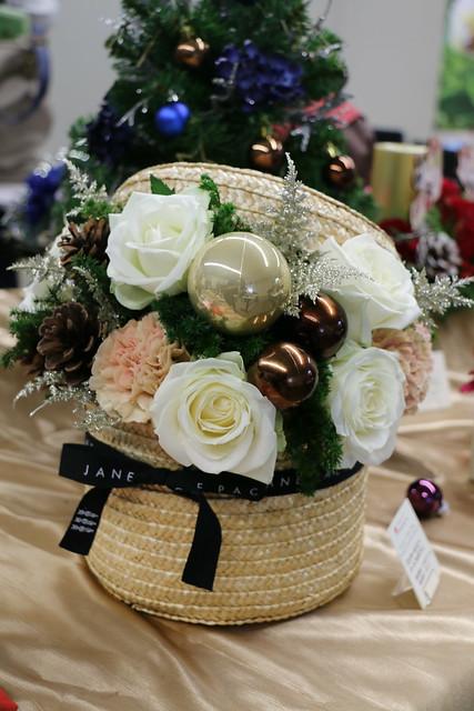 日比谷花壇 JANE PACKER ジェーン・パッカー クリスマス ツリー リース アレンジメント