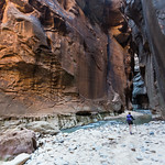 Emily and the canyon walls, Narrows trail, Zion
