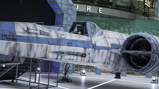 Changi_Star_Wars_The_Force_Awakens_02