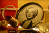 Marilyn con zuecos by Franco D´Albao