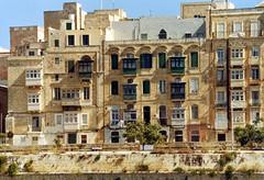 2003.09 MALTE - LA VALETTE - Promenade dans la baie
