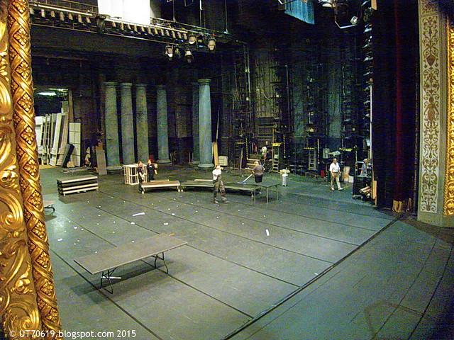 Oper Blick auf die Bühne