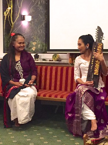 DIG Stammtisch mit Ayu Laksmi