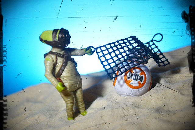 "Star Wars The Force Awakens' 3.75"" Unkar's Thug & Jakku Scavenger"