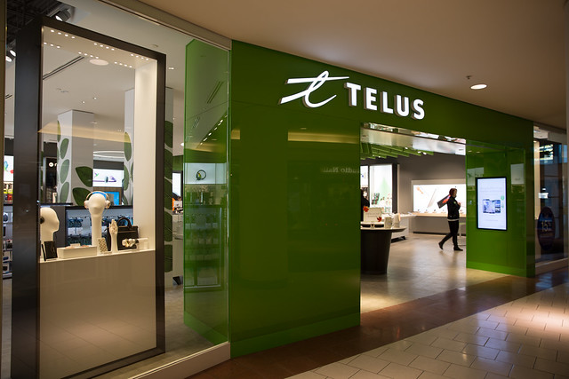 New TELUS Store at Southgate