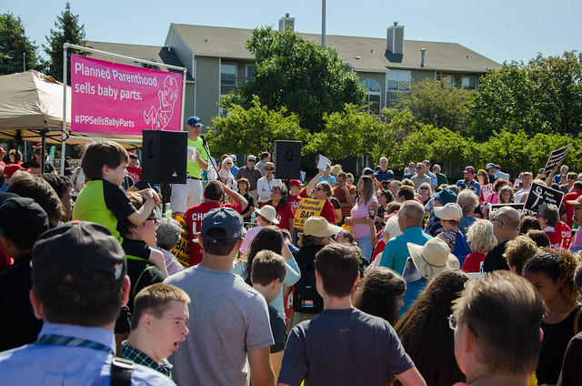 2015-08-22: National Day of Protest Against Planned Parenthood in Aurora, IL