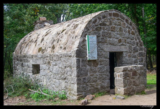 Refugio de Majalavilla en castañar El Tiemblo