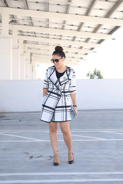 simplyxclassic, fall fashion, coat, plaid coat, prada sunglasses, zara heels, chanel brooch, cameo pin, how to style a plaid coat,